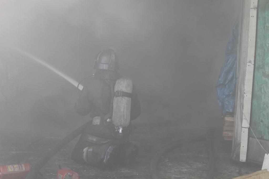 В Палане пожарные ликвидировали возгорание в жилом дoме